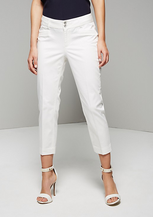 Feminine 7/8-length trousers with sophisticated details from s.Oliver