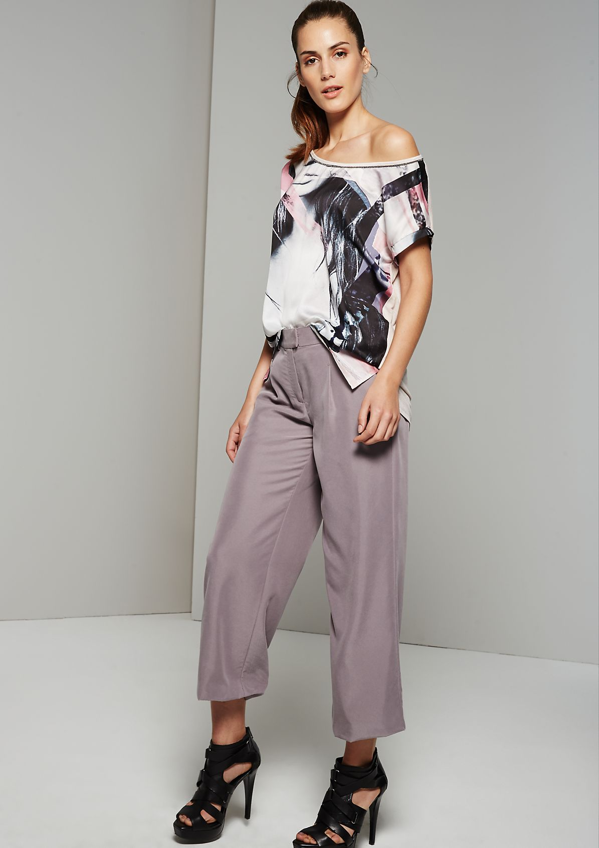 Fine short sleeve top with an elegant front print from s.Oliver