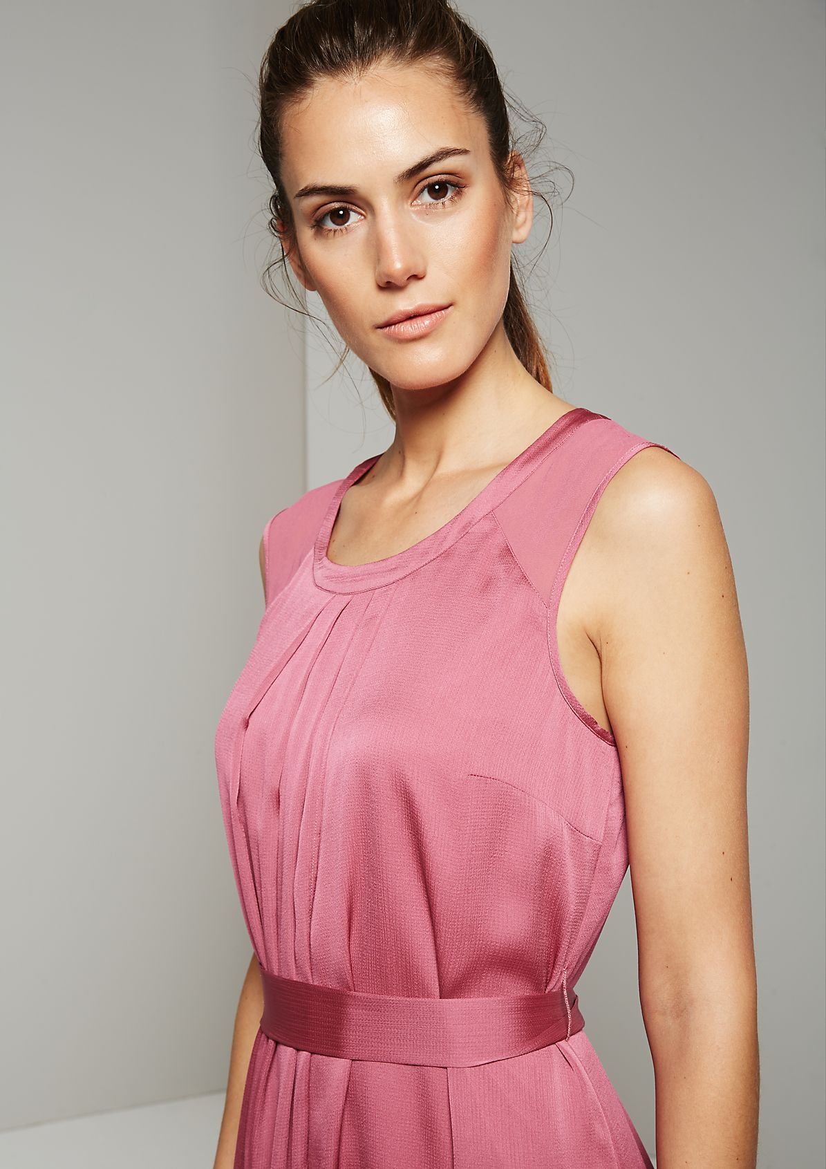 Delicate satin dress in a luxurious finish from s.Oliver