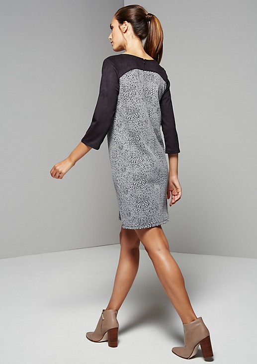 Feminine dress with 1/2-length sleeves in a sophisticated mix of materials from s.Oliver