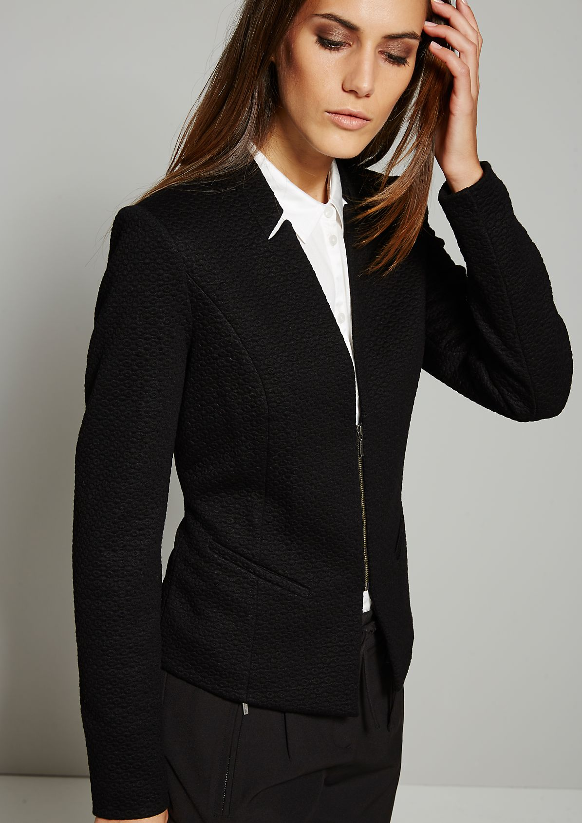 Elegant blazer with a stunning jacquard pattern from s.Oliver
