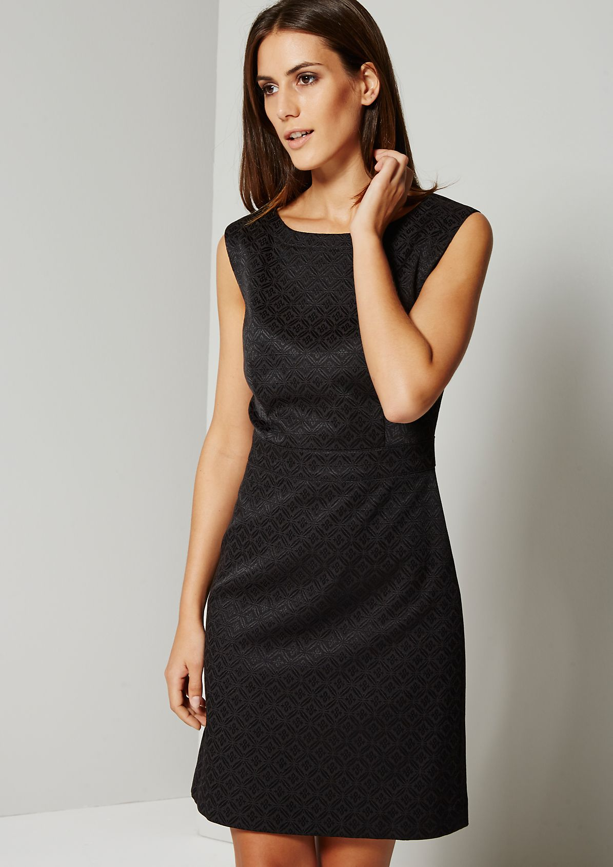 Elegant evening dress with an exciting jacquard pattern from s.Oliver