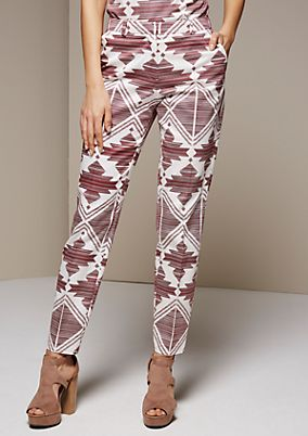 Elegant satin trousers with a fascinating all-over print from s.Oliver