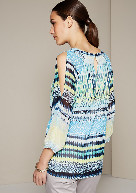 Delicate crêpe blouse with a colourful all-over print and 3/4-length sleeves from s.Oliver
