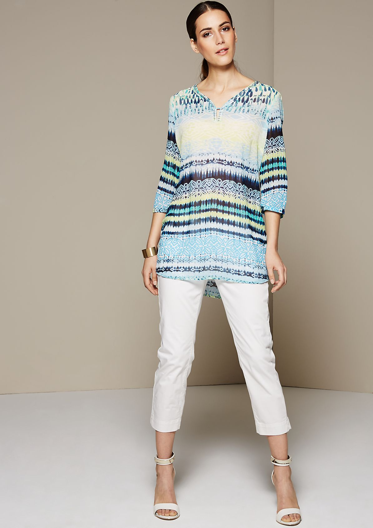 Delicate crêpe tunic with an attractive all-over print from s.Oliver