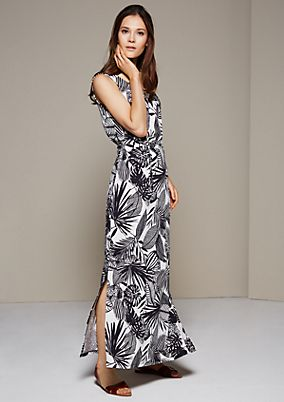 Beautiful jersey maxi dress with an elaborate all-over pattern from s.Oliver
