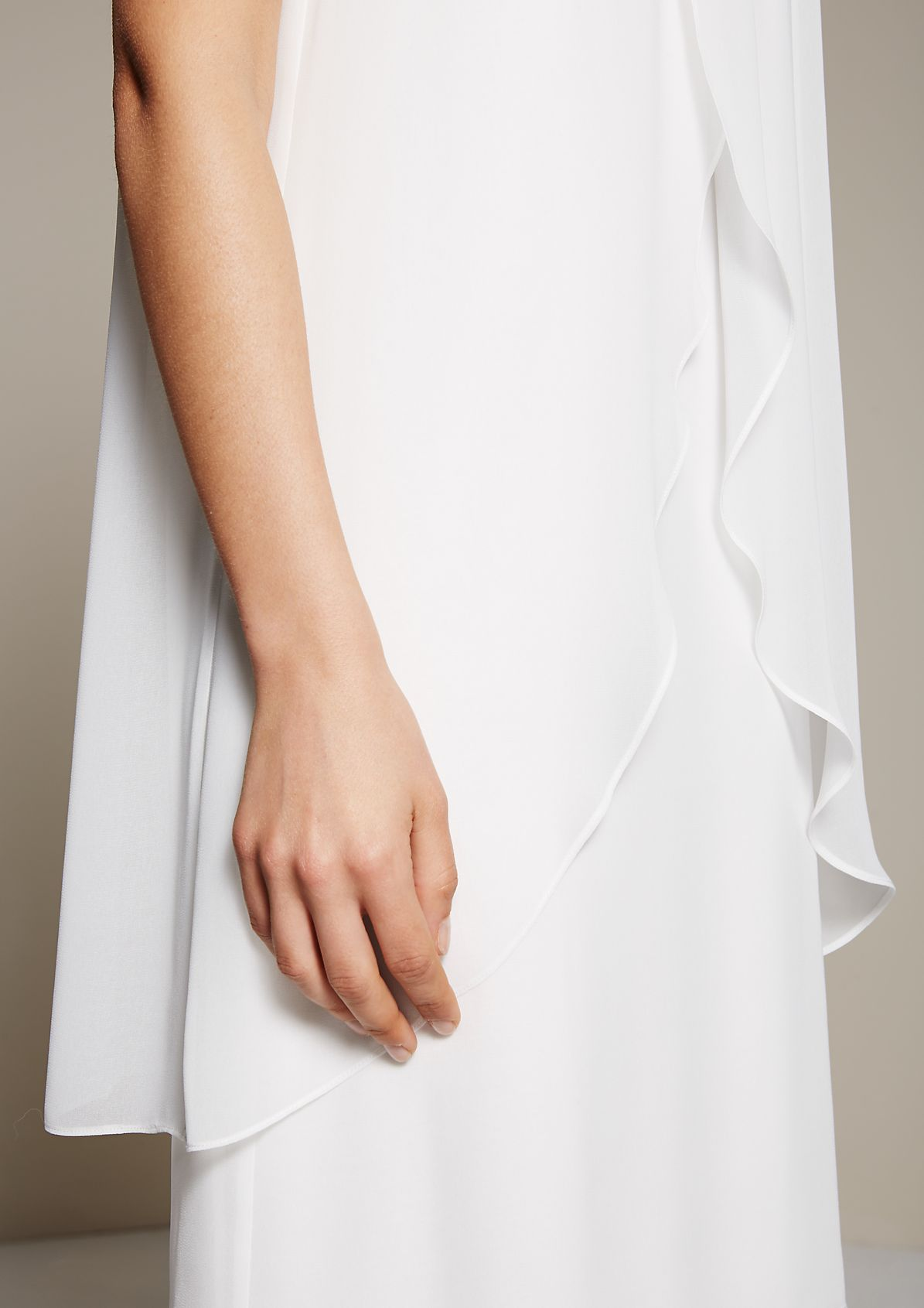 Delicate crêpe dress with glamorous details from s.Oliver