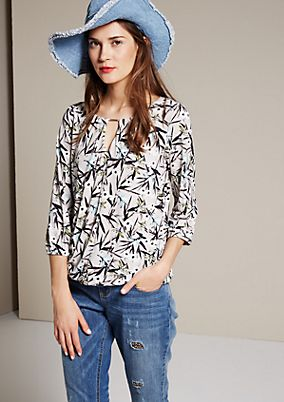 Breezy top with a colourful all-over print and 3/4-length sleeves from s.Oliver