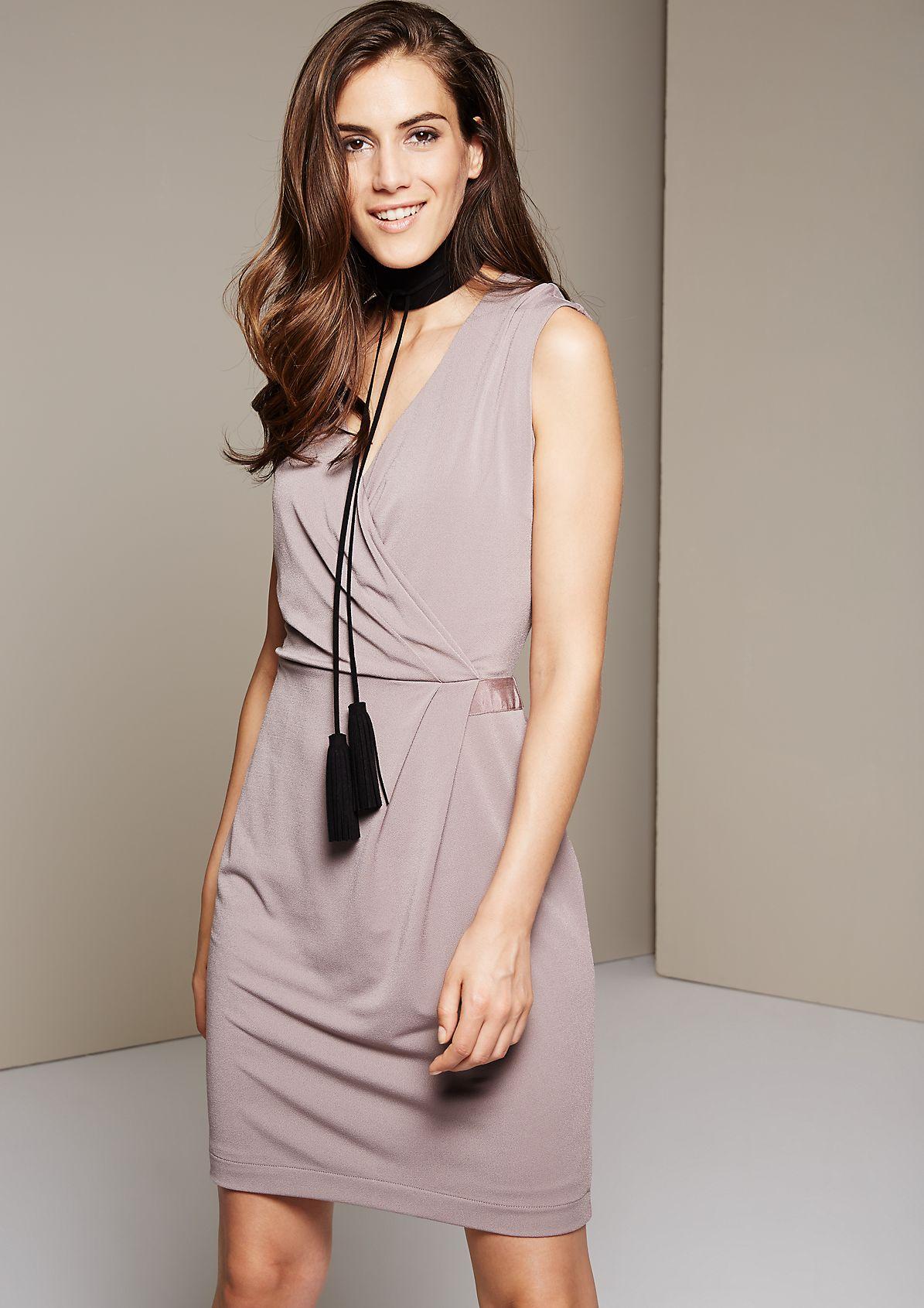 Elegant crêpe evening dress with sophisticated details from s.Oliver