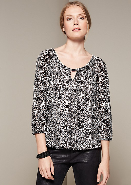 Delicate mesh tunic with a decorative all-over print and 3/4-length sleeves from s.Oliver
