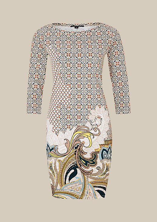 Sport dress with 3/4-length sleeves and a fascinating all-over print from s.Oliver