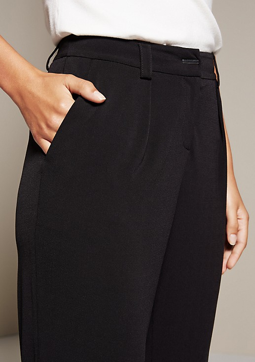 Lightweight business trousers with fabulous details from s.Oliver
