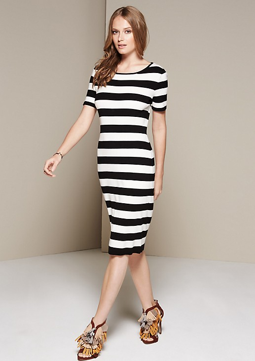 Sophisticated dress with short sleeves and a striped pattern from s.Oliver