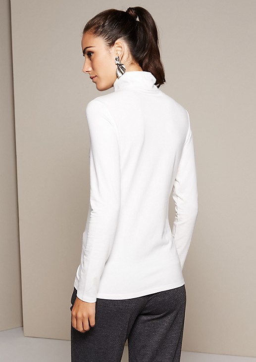 Beautiful long sleeve top with a high roll neck collar from s.Oliver