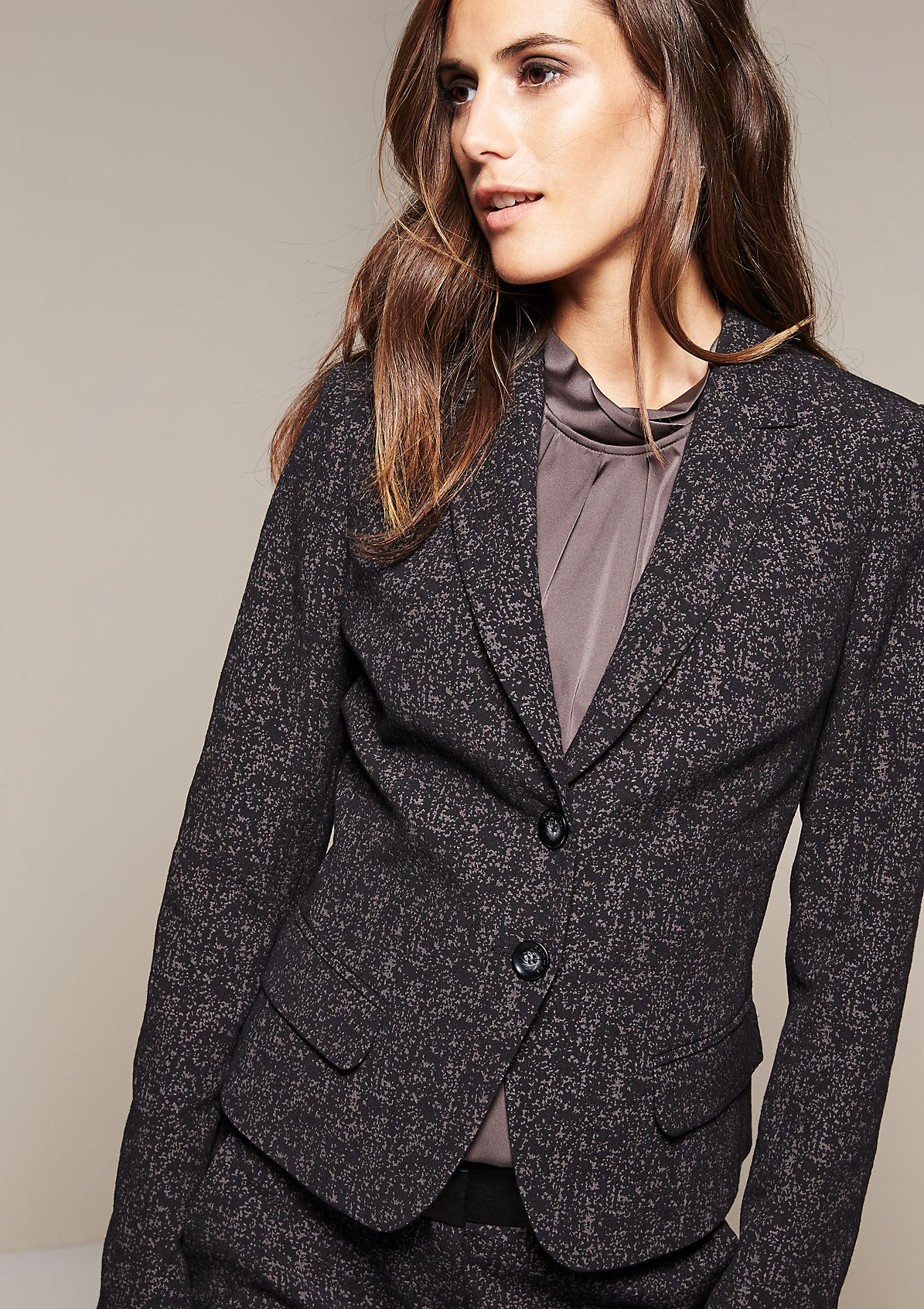 Feminine blazer with a distinctive jacquard pattern from s.Oliver