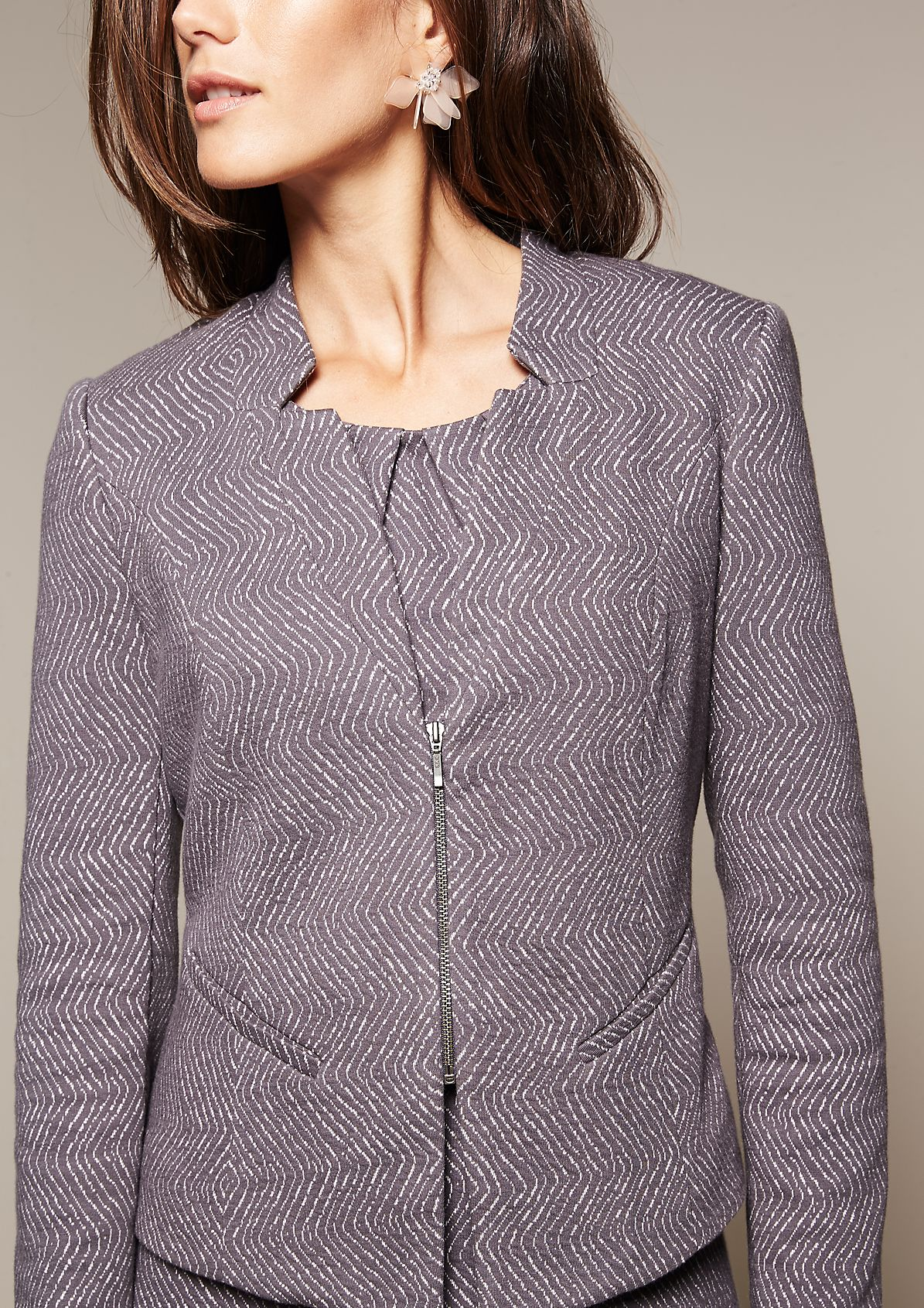 Beautiful blazer with a decorative all-over pattern from s.Oliver