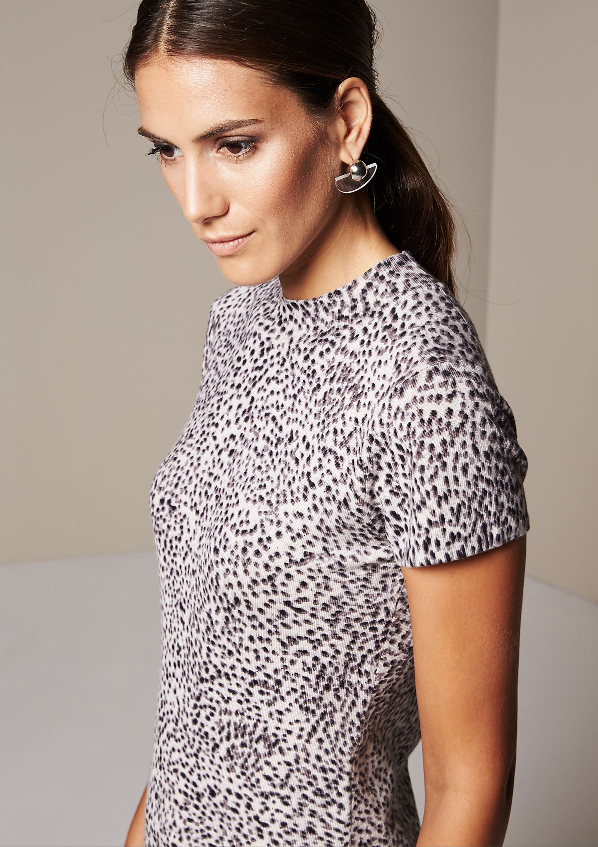 Casual short sleeve knitted top with an exciting all-over pattern from s.Oliver