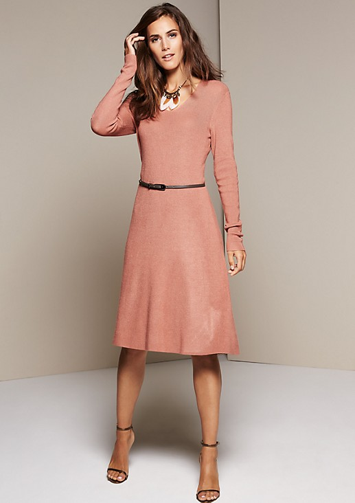 Smart casual dress with a narrow belt from s.Oliver