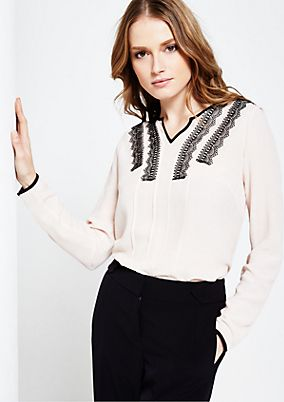 Delicate crêpe blouse with elegant, decorative lace from s.Oliver