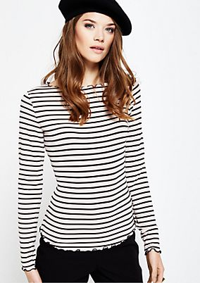 Soft jersey long sleeve top with a beautiful all-over pattern from s.Oliver