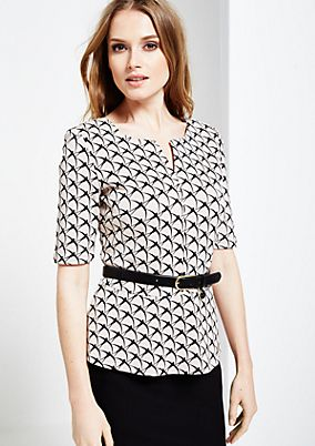 Beautiful top with 1/2-length sleeves and fine all-over pattern from s.Oliver