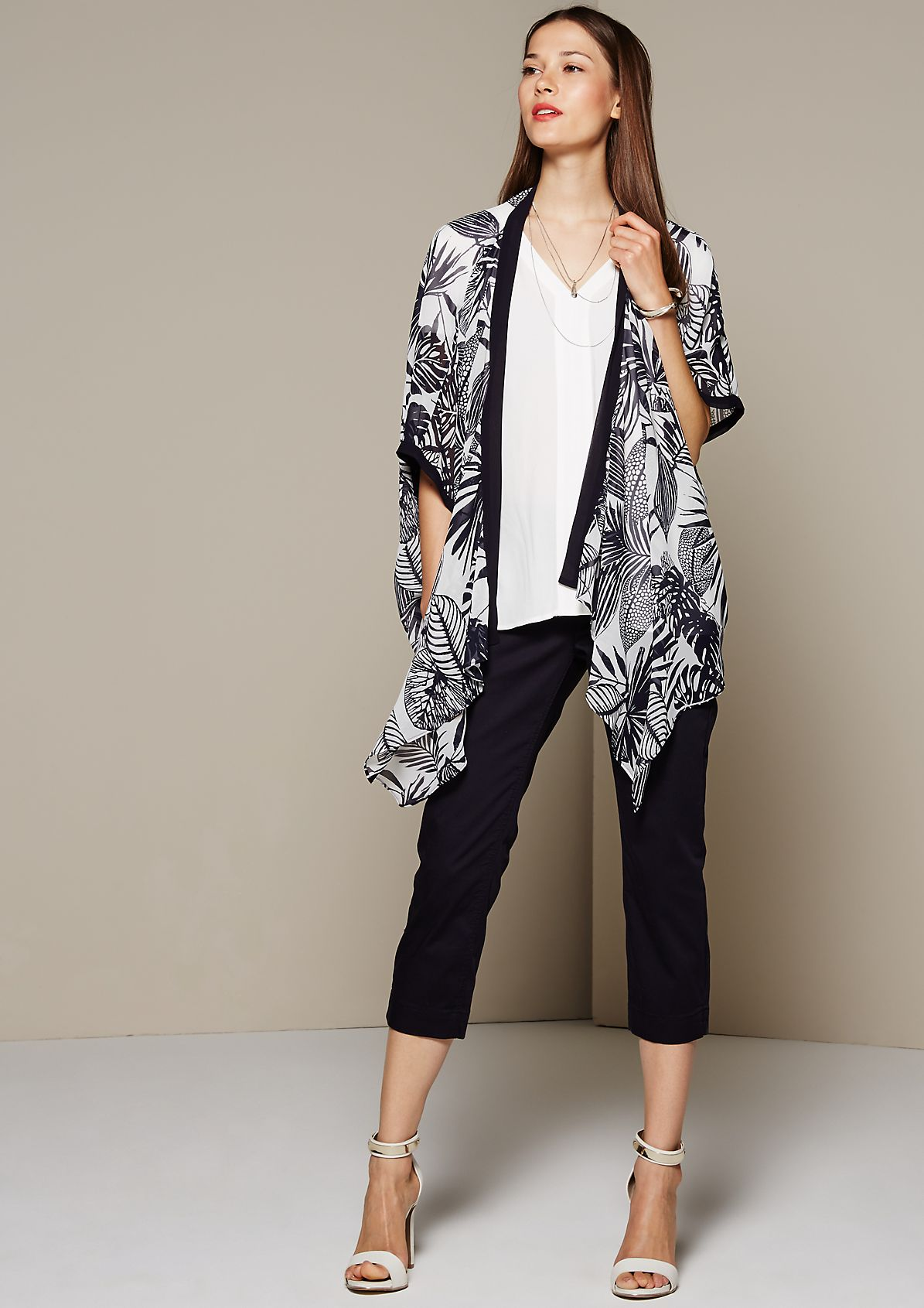 Delicate chiffon poncho with a decorative all-over print from s.Oliver