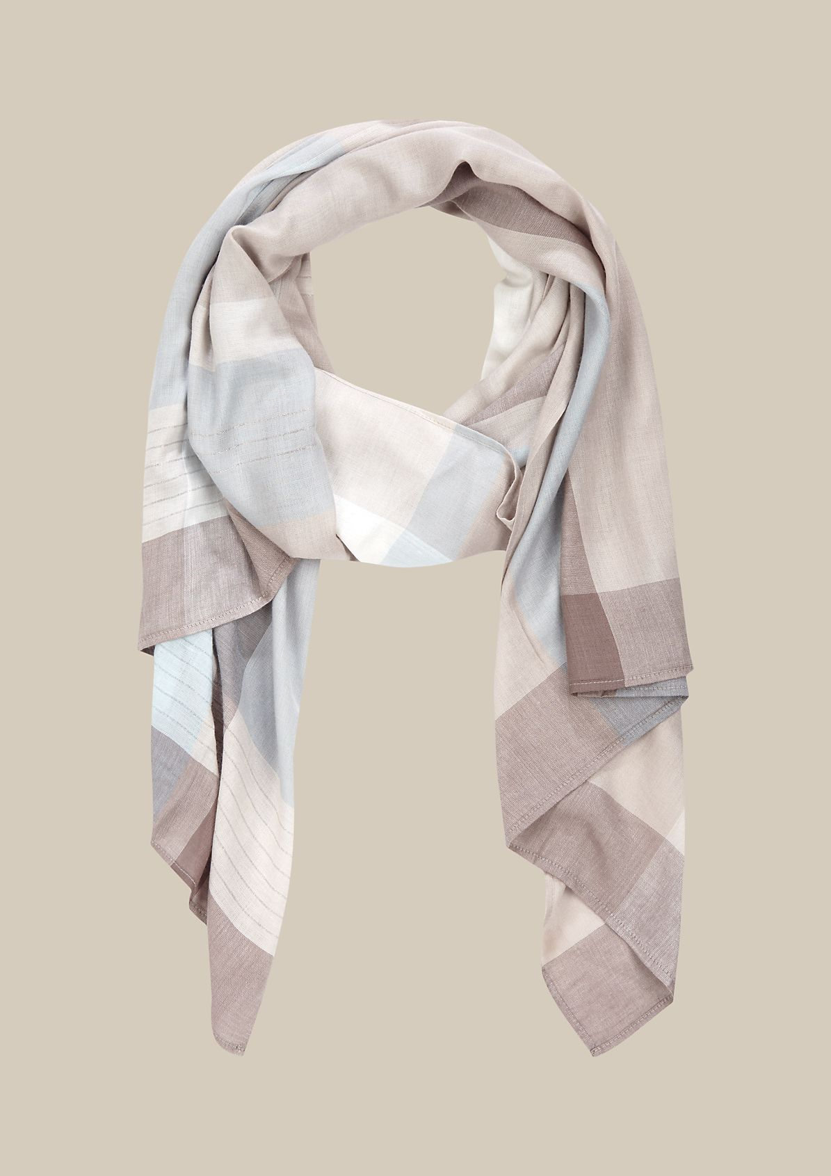 Delicate scarf with a colour block pattern from s.Oliver