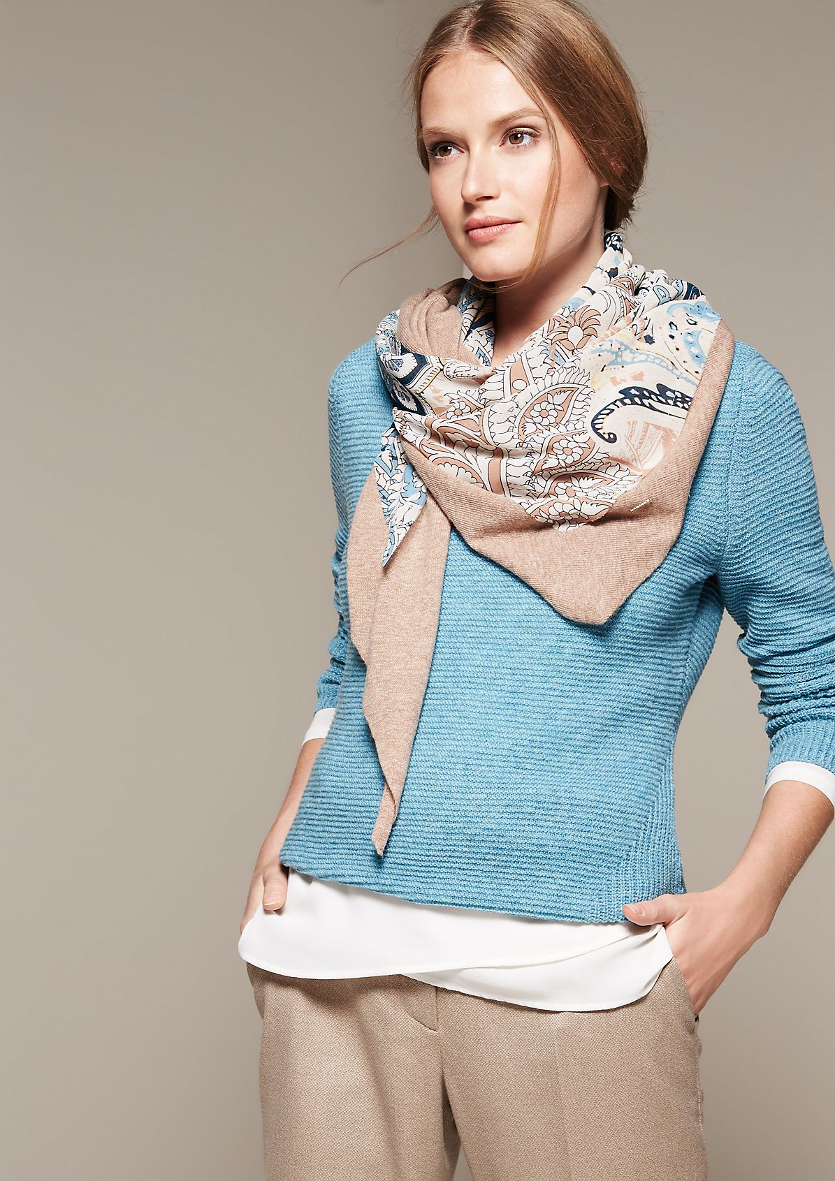 Lightweight triangular knit scarf with a sewn-on patch from s.Oliver