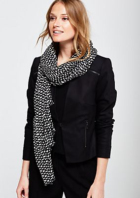 Elegant scarf with a beautifully arranged all-over pattern from s.Oliver