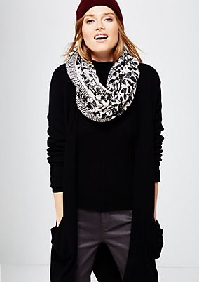 Delicate snood with a sophisticated mixed pattern from s.Oliver