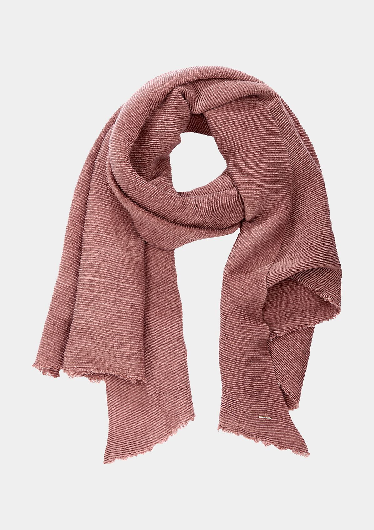 Cosy scarf with an elasticated ribbed pattern from s.Oliver