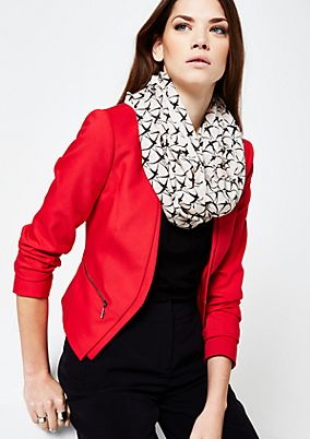 Delicate snood with an exciting pattern from s.Oliver