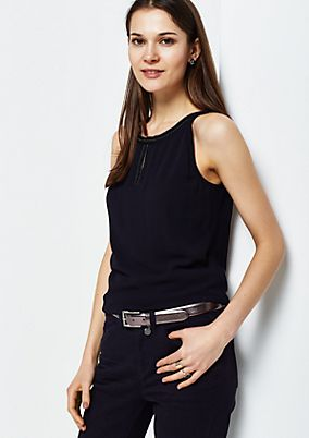 Elegant belt with a shiny finish from s.Oliver