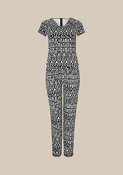 Sporty short sleeve jumpsuit with a pretty all-over print from s.Oliver