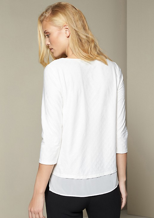 Lightweight jersey shirt with 3/4-length sleeves and a decorative, minimal pattern from s.Oliver
