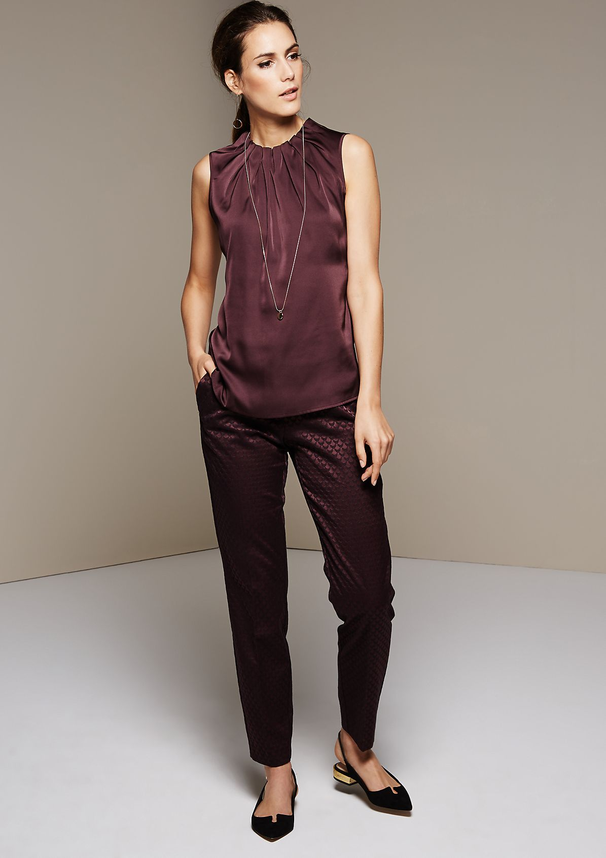Fine satin top with a decorative all-over print from s.Oliver