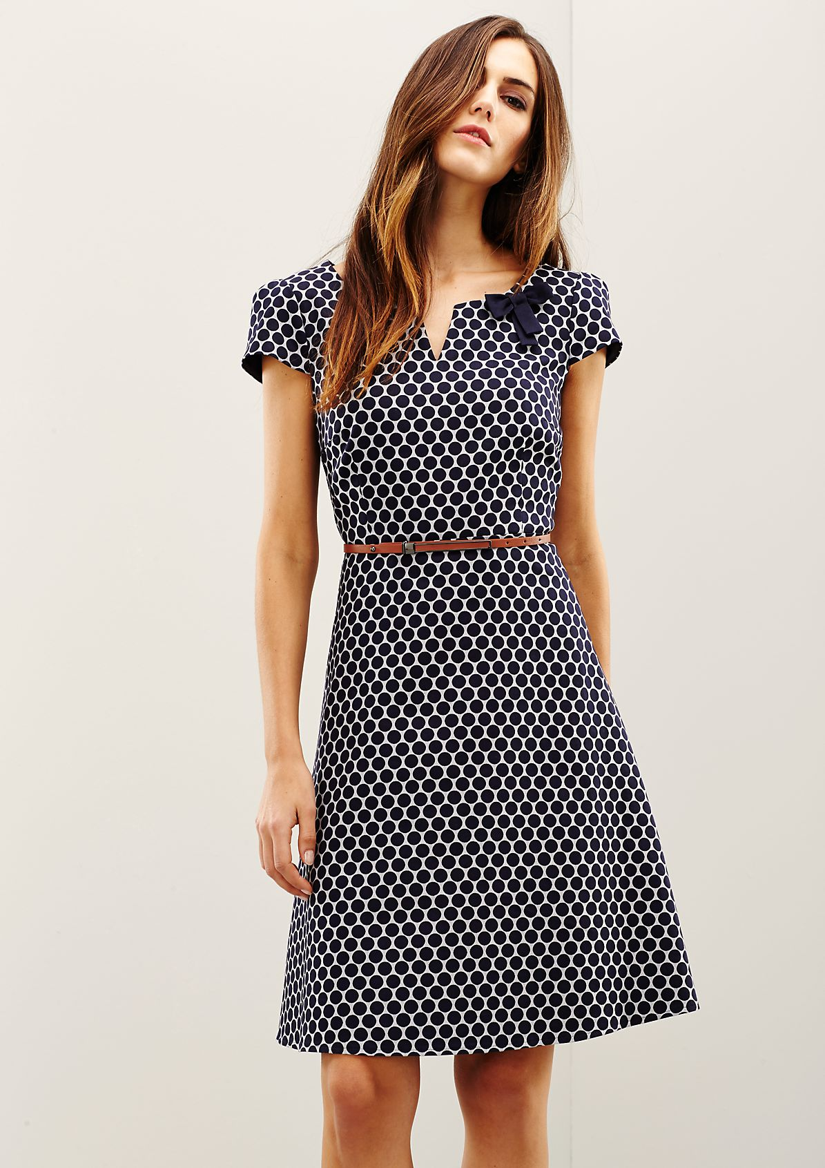 Elegant satin dress with a beautiful all-over minimal pattern from s.Oliver