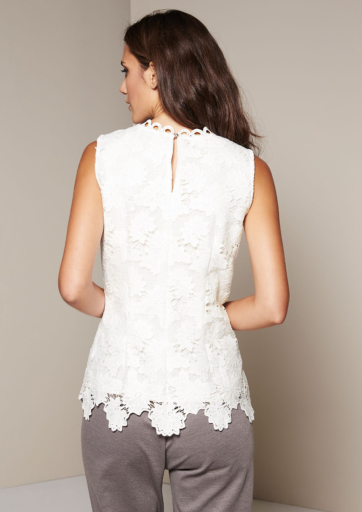 Elegant top in decorative lace from s.Oliver