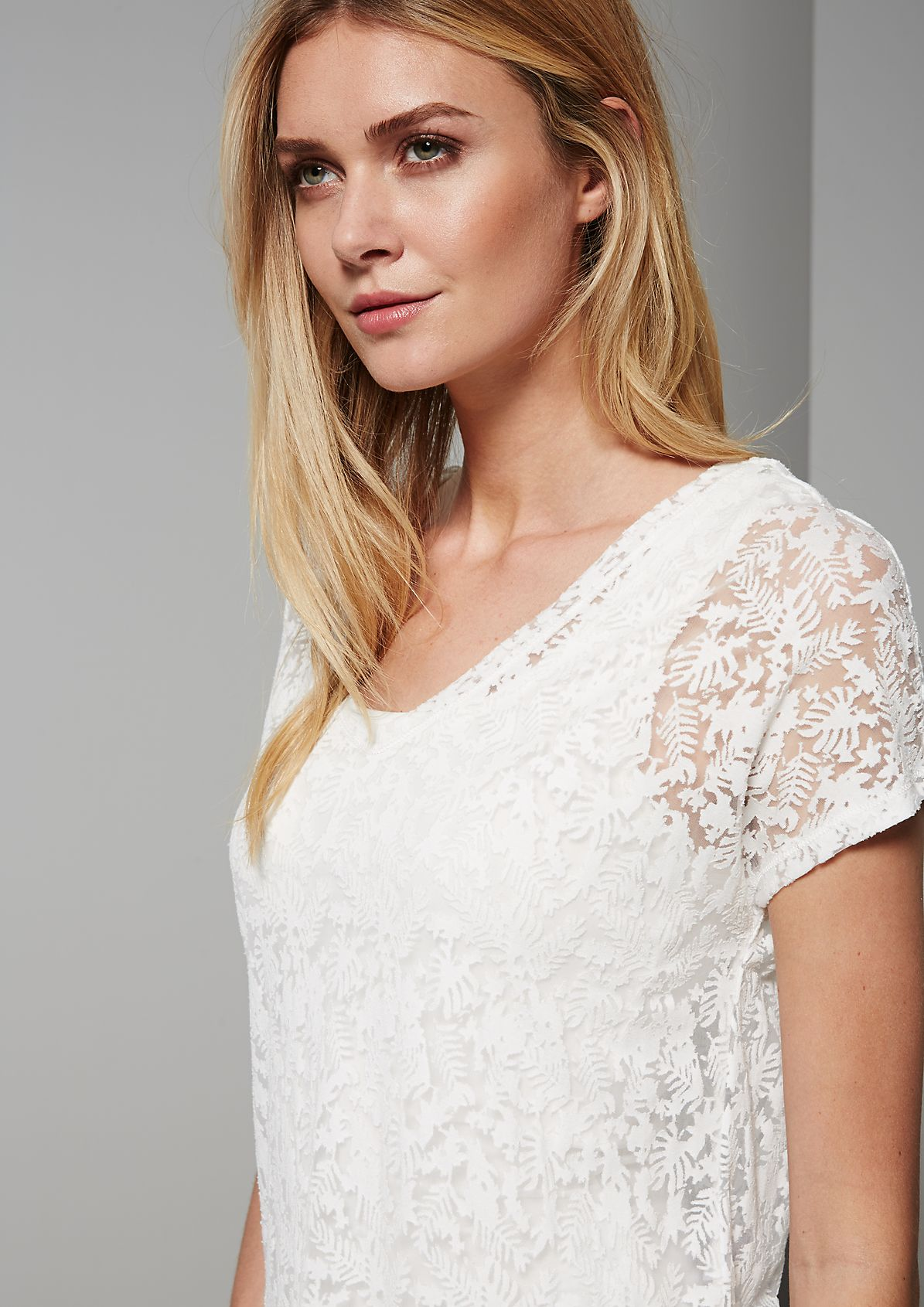 Delicate short sleeve T-shirt with an abstract floral pattern from s.Oliver