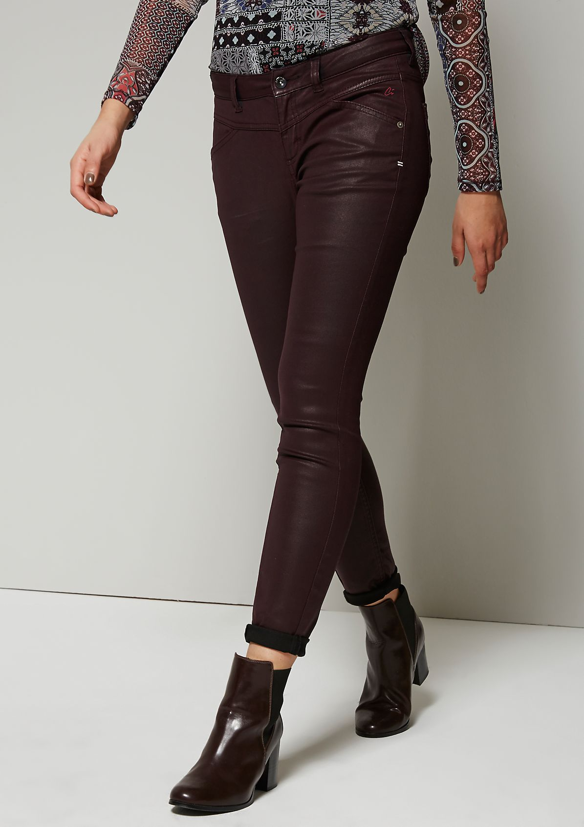 Elegant coated jeans from s.Oliver