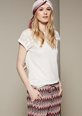Feminine short sleeve top with delicate lace from s.Oliver