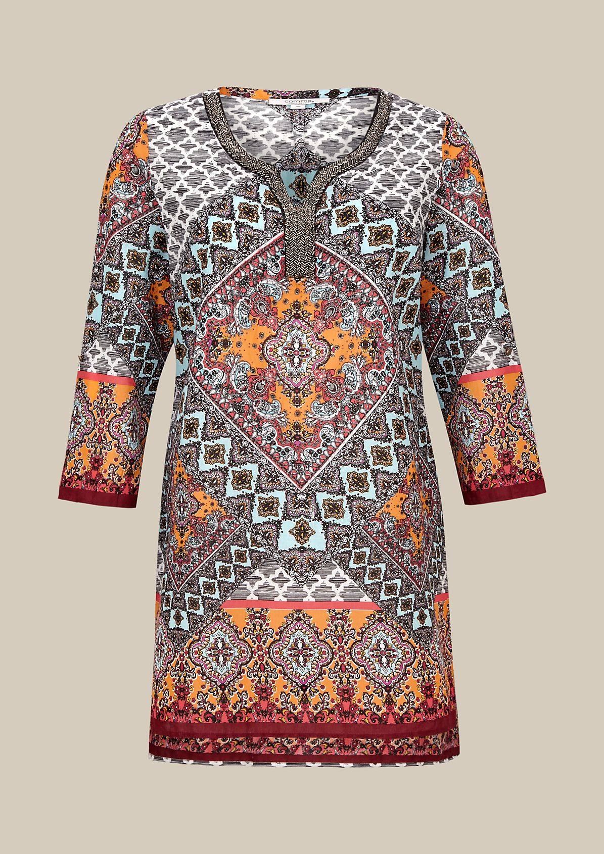 Beautiful tunic with a colourful all-over pattern and 3/4-length sleeves from s.Oliver