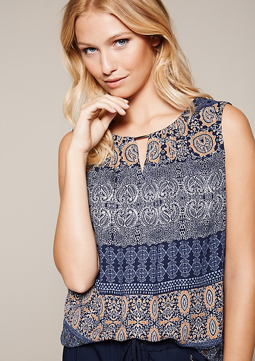 Feminine crêpe top with an elaborate all-over print from s.Oliver