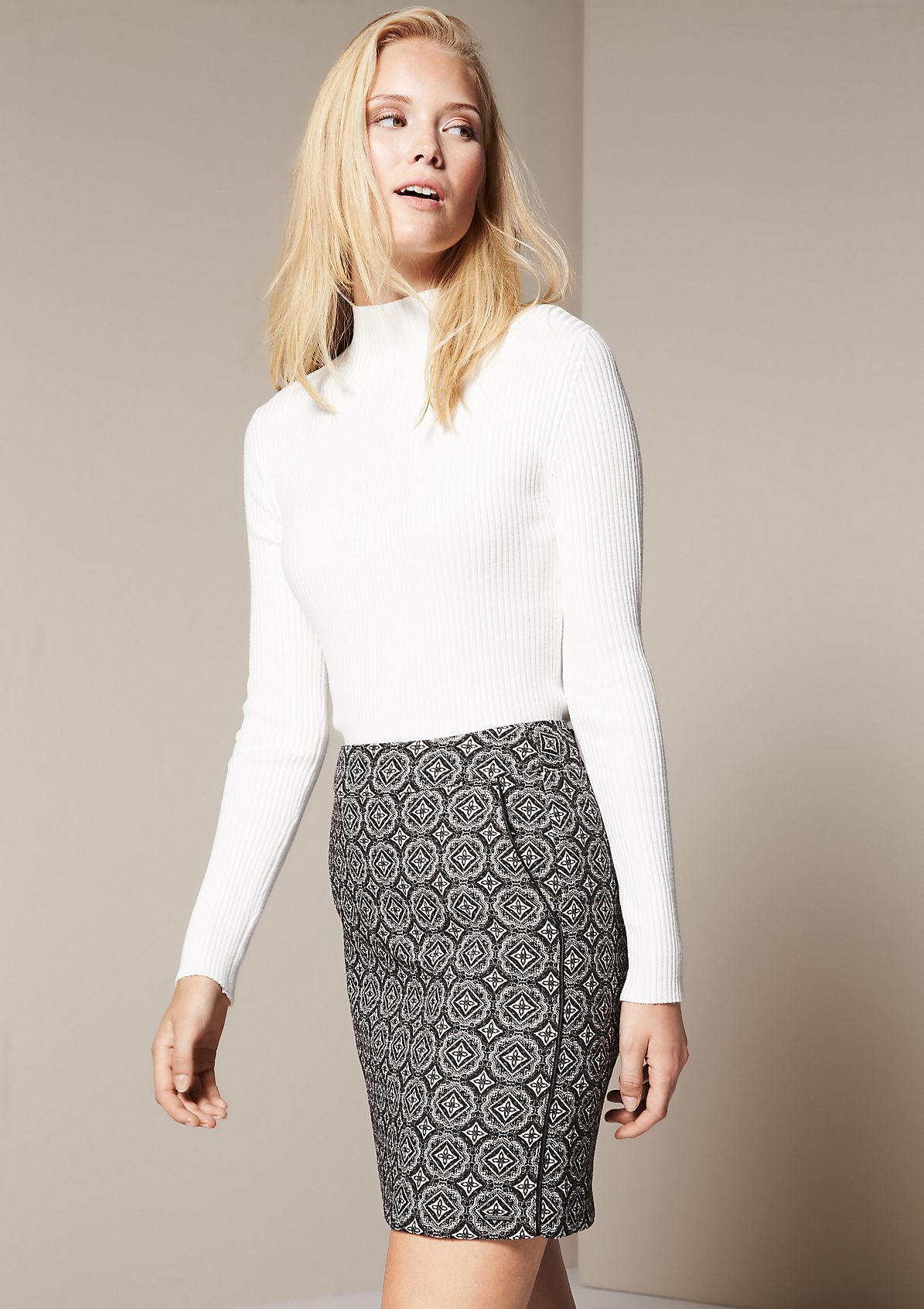 Elegant long sleeve jumper in a rib knit look from s.Oliver