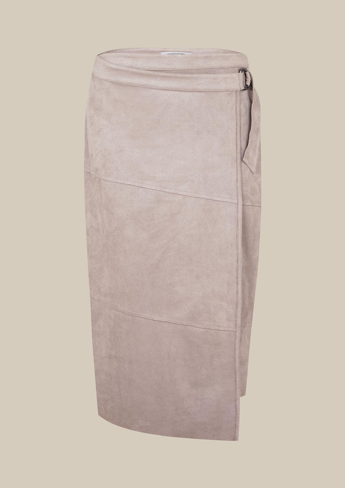 Elegant above-the-knee skirt in lightweight velour from s.Oliver