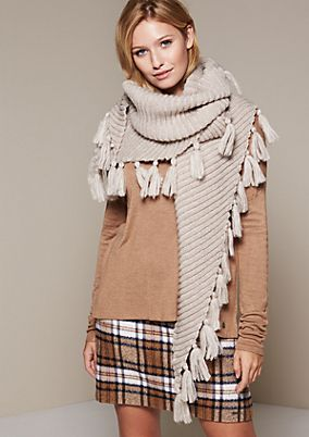 Cosy knitted scarf with an extensive tassel trim from s.Oliver
