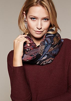 Smart scarf with an elaborate jacquard pattern from s.Oliver