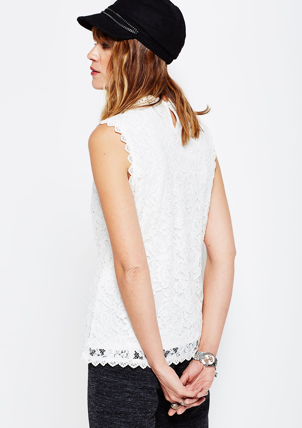 Elegant blouse top in delicate lace from s.Oliver