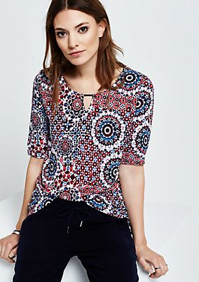 Casual short sleeve top with a decorative all-over pattern from s.Oliver