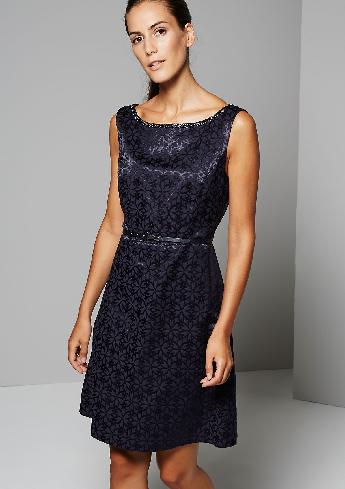 Elegant evening dress with a beautiful jacquard pattern from s.Oliver